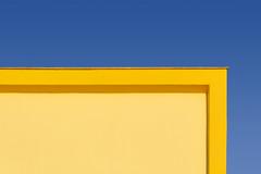 Yellow building with yellow edge (Jan van der Wolf) Tags: map198363v edge rand yellow geel gevel facade architecture architectuur building gebouw geometric geometry geometrisch geometrie minimalism minimalistic minimalisme minimal simple simpel