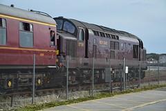"West Coast Railway Company Class 37/5, 37518 (37190 ""Dalzell"") Tags: wcrc westcoastrailwayscompany maroondip ee englishelectric type3 growler tractor class37 class375 37518 37076 d6776 srps scottishrailwaypreservationsociety railtour thegallowayexplorer chartertrain stranraer"