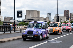 LTI TX2 and TX4 in Whitley Neill livery (Ian Press Photography) Tags: cab carriage car cars transport taxi taxis london whitley neill livery gin international lti tx2 tx4
