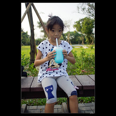 _DSC6893 (leeyu_flickr) Tags: 生活 水道博物館 museum water 貓仔 晨希 希希 girl 水道冰沙 ice