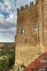 Desde el torreón (Castillo de Pedraza-Segovia) (Jose Manuel Cano) Tags: torre tower pedraza segovia españa spain castillo castle nube cloud color colour nikond5100