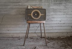 Radio Cure. (Ewski Images) Tags: rural rurex sony classic antique vintage chair radio exploration explore abandoned decay