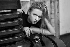 Alisa Ratushniak behind and in front of camera (Khun_K) Tags: kaisernchenimagepicturephot kaisernchenimagepicturephotographybloghighqualityoriginal leica leicam10d beauty beautiful beautifulgirl