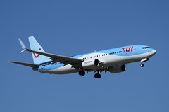 G-FDZZ (IndiaEcho) Tags: boeing 737800 tui gfdzz egkk lgw london gatwick airport airfield civil aircraft aeroplane airplane aviation airliner jet approach landing on final sussex england canon eos 1000d blue sky