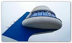 Ufo ... (Körnchen59) Tags: kontrollturm tower brücke bridges blau blue darlowko polen körnchen59 elke körner pentax ks2