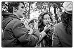 DSCF9366 (srethore) Tags: photo de rue street bw candid people meike 35mm