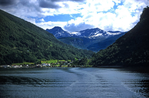"Norwegen 1998 (358) Eidsdal • <a style=""font-size:0.8em;"" href=""http://www.flickr.com/photos/69570948@N04/48968878391/"" target=""_blank"">View on Flickr</a>"