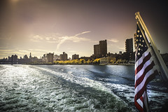 East River - New York - (shoot it!) Tags: newyork eastriver october 2019 photoshop photoshopcc lightroom oktober river rivier