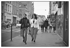 DSCF9376 (srethore) Tags: photo de rue street bw candid people meike 35mm