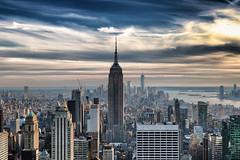 Manhattan (erichudson78) Tags: usa nyc newyorkcity manhattan dusk crépuscule paysageurbain urbanlandscape sky skyline skyscraper ciel gratteciel empirestatebuilding canonef24105mmf4lisusm canoneos6d nuages clouds building