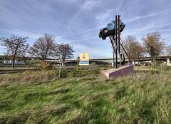 torp8 (Geert Orange_Crush VP) Tags: abandoned transport trains steel urbex belgium
