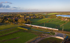Zeitumstellung (Klaus Z.) Tags: eisenbahn kbs 395 veenhusen ostfriesland br 1465 personenzug intercity ic2 db fernverkehr drohnenbild herbst