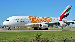A6-EOV (AnDyMHoLdEn) Tags: emirates a380 expo expolivery egcc airport manchester manchesterairport 23l