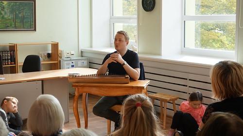 Juhan Uppin Sindi Raamatukogus. Foto: Marie Pärkma