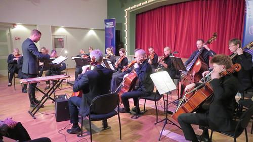 Tallinna Kammerorkester ja dirigent Valter Soosalu Nõmme kultuurikeskuses