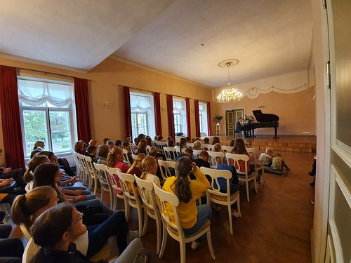 Pianist Marko Martin Kostivere kultuurimõisas