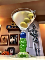 BOMBAY SAPPHIRE Richard Jolley Martini Art Glass - Sunday Martini 🍸 (_BuBBy_) Tags: bombay sapphire richard jolley martini art glass sunday 🍸