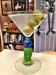 2019 300/365 10/27/2019 SUNDAY - BOMBAY SAPPHIRE Richard Jolley Martini Art Glass - Martini 🍸 (_BuBBy_) Tags: bombay sapphire richard jolley martini art glass sunday 🍸 2019 300365 10272019 10 27 300 days 365days project project365 7 seven october