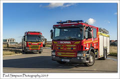 Humberside Fire Service (Paul Simpson Photography) Tags: scunthorpe humbersidefireandrescueservice humbersidefirebrigade fireengine 999 emergency paulsimpsonphotography october2019 applaince rescue sonya7iii emergencyservices england bluesky scania