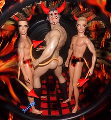 👬🔥3 diabinhos lindos🔥😈 (FranBoy Monteiro) Tags: halloween red black doll dolls toy toys boneco bonecos boneca bonecas cute pretty beauty love amor fashion fashionista fashionistas moda outfit clothes look model models gay gayguy guy boy fun diversão cool handsome awesome barbie ken tom finland tomoffinland