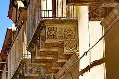 1081 Sicile Juillet 2019 - Palazzolo Acreide, les balcons (paspog) Tags: palazzoloacreide sicile sicily sicilia juli july juillet 2019