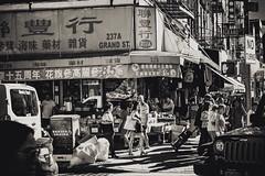 Grand Street (Raúl Urrutia) Tags: usa newyork nuevayork explore