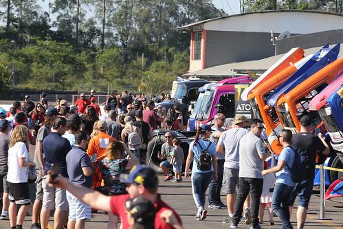 26/10/19 - Sábado de festa da Copa Truck no Velopark - Fotos: Vanderley Soares