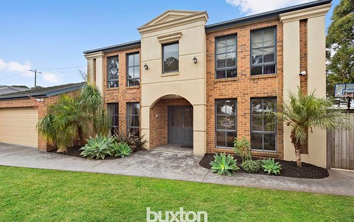 24 Williamson Cl, Mordialloc VIC 3195