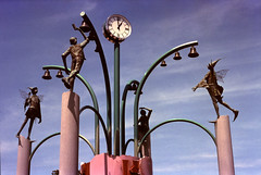 Clock in Shinshinotsu (threepinner) Tags: shinshinotsu hokkaidou hokkaido northernjapan autumn pentax sp takumar 55mm f18 negative iso100 selfdeveloped reversal negaposidevelopment gimp 新篠津 北海道 北日本