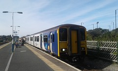 Class 150, 150274 has arrived at platform 1, Morecambe with 2H06, 10:18 Leeds > Morecambe (Belmont_21988uk) Tags: morecambe class150 150274