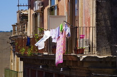 1084 Sicile Juillet 2019 - Palazzolo Acreide, les balcons (paspog) Tags: palazzoloacreide sicile sicily sicilia juli july juillet 2016