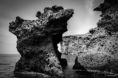 Black rocks (corineouellet) Tags: beauty travelling nature landscape travel grèce greece santorini seaside seascape sea oceanview ocean blackandwhite bnw monochromatic monochrome noiretblanc