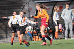 "HBC Voetbal • <a style=""font-size:0.8em;"" href=""http://www.flickr.com/photos/151401055@N04/48972976321/"" target=""_blank"">View on Flickr</a>"