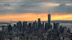 Manhattan sunset (ricardocarmonafdez) Tags: newyork manhattan cityscape sunset buildings skyscrapers rascacielos lights shadows lighting cielo sky color nubes clouds nikon d850 ricardocarmonafdez ricardojcf