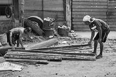 Construction (Beegee49) Tags: street people construction workers working blackandwhite monochrome sony a6400 bw bacolod city philippines asia