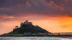 St Michael's Mount - Cornwall - England (~ Floydian ~) Tags: henkmeijer photography floydian stmichaelsmount cornwall marazion penzance civilparish castle southcoast sunset evening greatbritain england leefilter leefilters canon canon5dmarkiv