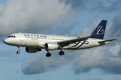 VP-BLP (PlanePixNase) Tags: aircraft airport planespotting haj eddv hannover langenhagen aeroflot airbus 320 a320 skyteam