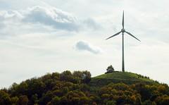 Windkraft Energie -seitlich (Christoph Scholz) Tags: energie windkraft wind klimawandel klima klimaschutz windenergie windräder strom kosten stromkosten atomstrom stromanbieter windrad windkraftanlage leistung versorger versorgung