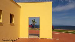 Colori-Colors-Colores (johnfranky_t) Tags: sardegna sarroch portoperdssali johnfranky t giallo blu azzurro mare montagne ringhiera finestre palma navew giochi pavimento piastrelle verde nuvole porta panorama battiscopa