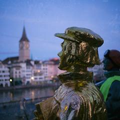 Zwingli Rules! (Toni_V) Tags: m2402517 rangefinder digitalrangefinder messsucher leicam leica mp typ240 type240 35lux 35mmf14asphfle summiluxm dof bokeh zwingli zurich zürich city stadt sundaymorningphototour sculpture stpeter switzerland schweiz suisse svizzera svizra europe ©toniv 2019 191027 analogefexpro2 niksoftware square