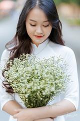 Kỷ Yếu 2019 (SuBinZ) Tags: portrait dress girl gái young lady vietnam vietnamese flickr flickrcom beauty tree park grass road rain bokeh light long hair áo dài sony a7r4 a7riv 85art