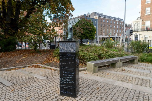 THE WORK OF DANNY OSBORNE [THERE ARE THREE ELEMENTS TO THE OSCAR WILDE SCULPTURE IN MERRION SQUARE]-157784