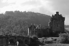 A highland castle (johnny_9956) Tags: castle history historic blackandwhite bw monochrome scotland 7d uk bridge people canon highlands