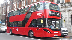 P1180330 BDE2644 LJ19 CVU at Highgate Station Archway Road Highgate London (LJ61 GXN (was LK60 HPJ)) Tags: metroline byd enviro400ev electric enviro400evcity e400ev city 109m 10900mm bde2644 lj19cvu j42819