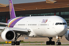 HS-TKE | Thai Airways International Boeing 777-3D7 | Beijing Capital Airport ZBAA/PEK | 14/07/19 (MichaelLeung213) Tags: hstke thai airways international tg tha bangkok sukhirin the boeing company 777 77w triple seven 777300er 7773d7er beijing capital airport bcia zbaa pek peking t3 01 runway summer spotato photography headon hdr high pass spotting airplane aircraft airlines airframe air aeroplane sun star alliance