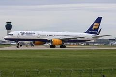 Icelandair Boeing 757-223 TF-ISD (josh83680) Tags: manchesterairport manchester airport man egcc tfisd boeing boeing757223 757223 boeing757200 757200 iceland air icelandair
