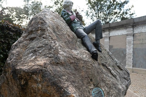 THE WORK OF DANNY OSBORNE [THERE ARE THREE ELEMENTS TO THE OSCAR WILDE SCULPTURE IN MERRION SQUARE]-157804
