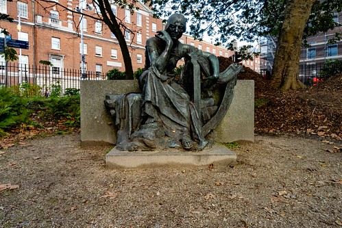 ÉIRE BY JEROME CONNOR 1874-1943[ RESTORED AND THEN RELOCATED WITHIN MERRION SQUARE PUBLIC PARK]-157809