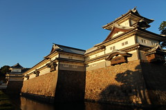 The old castle of Kanazawa (Teruhide Tomori) Tags: 金沢城 北陸 石川県 古城 木造建築 城郭 日本 castle japan kanazawa ishikawa hokuriku kanazawacastle woodenarchitecture construction japon tradition
