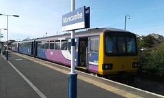 Class 144, 144018, Platform 1, Morecambe with 2Y01, 14:32 Morecambe > Leeds, 16/09/2019 (Belmont_21988uk) Tags: morecambe pacer station class144 144018